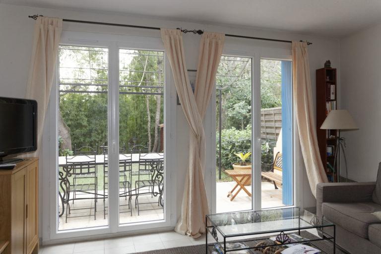 fenêtres et porte fenêtres sur mesure pour une maison à Cogolin.